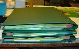 ¿Que aspectos se investigan en una verificación de antecedentes?