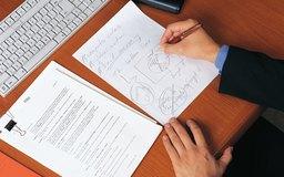 Una propuesta cuidadosamente creada y un plan de negocios pueden ayudarte a atraer inversionistas.