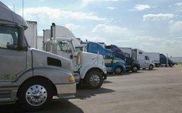 Las empresas con grandes flotas a menudo alquilan sus vehículos y otros equipos.