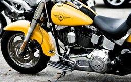 Obtén una licencia para abrir una tienda de motocicletas.