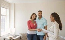 Los compradores evalúan todo antes de tomar una decisión de compra.