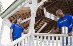 El voluntariado provee entrenamiento sobre un empleo y entradas para un currículum.