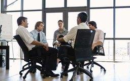 Las pequeñas empresas definen modelos de participación de los empleados para impulsar su rendimiento y las ganancias.