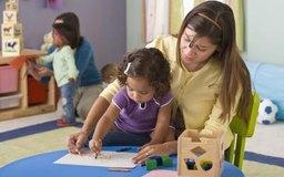 Destaca ejemplos de atención personal que reciben los niños como parte de tu carta.