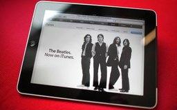 Comprar música y aplicaciones desde iTunes requiere detalles válidos de pago.