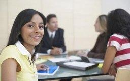 Una breve reunión matutina permite abordar rápidamente muchos asuntos y cuestiones que intervienen en el trabajo diario.