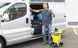 Usar los lineamientos de precios correctos puede ayudar a que tu negocio de limpieza sea exitoso.