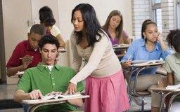 Gran parte del día de un profesor de preparatoria se centra en sus estudiantes.