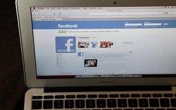 Revisa el perfil de Facebook de tus amigos para ver si han leído tu mensaje