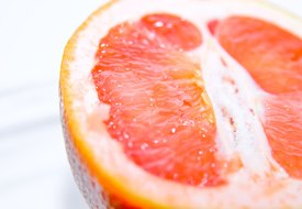 The Health Benefits of Grapefruit Peel