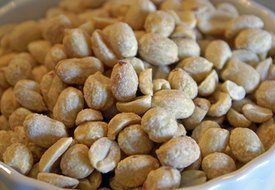 What Are the Benefits of Raw Peanuts?