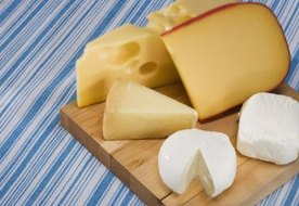 Cheeses to Avoid When Pregnant