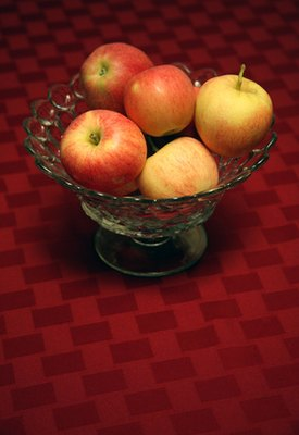 What Is the Nutritional Value of a Gala Apple?