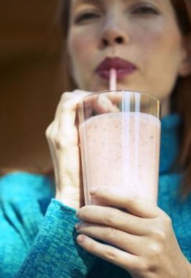 How to Save a Smoothie After Putting in Protein Powder