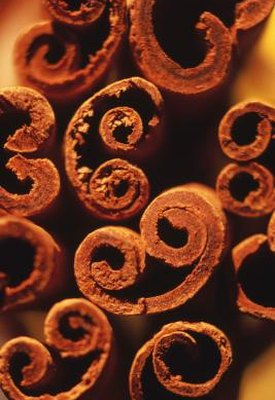 What Are the Benefits of Chewing on Cinnamon Sticks?