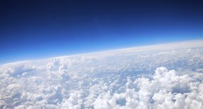 What Does Aws Mean >> What Is the Difference Between the Troposphere & the Stratosphere? | Sciencing