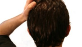 Elimina la picazón del cuero cabelludo seco.