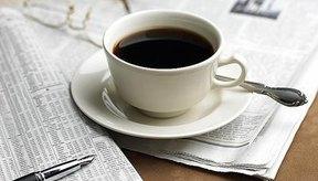 El exceso de cafeína puede acelerar la respiración.