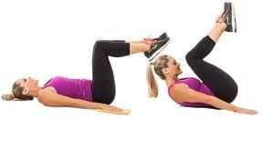 7. Flexión de doble abdominal (Double Crunch Curl)