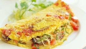 Omelet de hongos y tomate.