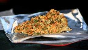 El cigarro de marihuana contiene THC.