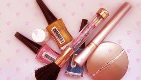 El carvacrol se usa en la industria cosmética como una fragancia y como componente de jabones, cremas y perfumes.