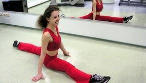 Adolescente realizando actividad física.