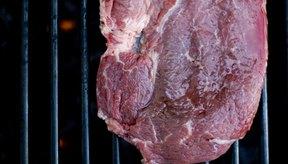 La carne roja es alta en proteína, vitamina A y zinc.