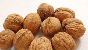 Las nueces contienen omega-3, que podría reducir los niveles de cortisol.