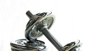 El levantamiento de pesas proporciona muchos beneficios físicos.