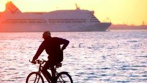 Viaja por el barrio para obtener los beneficios cardiovasculares de la bicicleta.