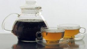 En pequeñas cantidades, el té verde es seguro para las madres que están lactando.