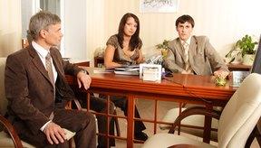 La terapia grupal le da al consejero muchas opciones sobre sus técnicas de asesoramiento.