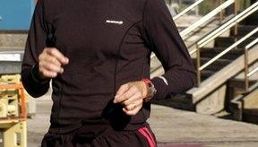 Trotar es uno de los muchos ejercicios cardiovasculares disponibles.