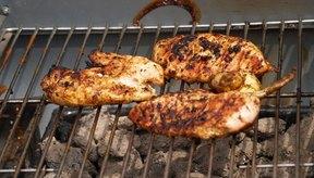 Las pechugas de pollo asadas tienen hierro y calcio.