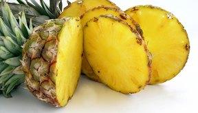 La piña es una buena fuente de potasio y vitamina C.