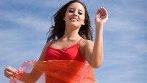 Las clases de danza aeróbica varían en tema.