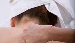 Una terapia de masajes es uno de los tantos tratamientos que existen para aliviar el dolor del cuello.