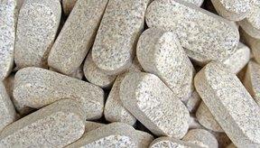 Los suplementos de enzima lactasa le dan al sistema digestivo la cantidad adecuada de lactasa para digerir la lactosa que se encuentra en el medicamento.