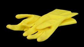 Los adhesivos, los solventes y las prendas de vestir que contienen látex, nailon o lycra podrían contener suficiente poliéster como para causar una reacción.