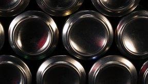 El aluminio es un elemento común en las latas de refresco.