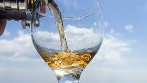 Las bebidas refrescantes con vino de seagram's Escapes vienen en una variedad de sabores de frutas.
