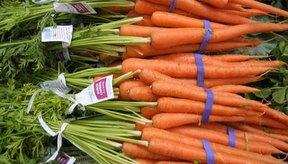 Las zanahorias son una fuente más rica de vitamina A que de vitamina K.