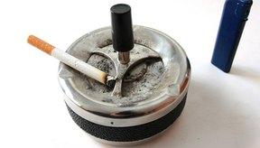 Fumar es una causa común y prevenible de la tos con flema en la mañana.