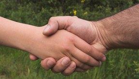 Necesitas una mano y muñeca fuertes para poder tener un firme apretón de manos.