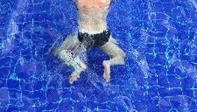 Nadar es un ejercicio beneficioso para todo el cuerpo.