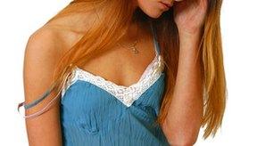 El síndrome de ardor del cuero cabelludo se caracteriza por una sensación de quemazón dolorosa en el cuero cabelludo y alrededor de la raíz del cabello.