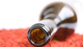 Si estás pensando en dejar de beber y tienes una dependencia al alcohol,  busca un asesoramiento médico para controlar los posibles síntomas de desintoxicación