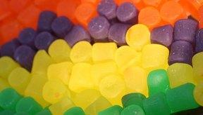 Los caramelos están llenos de azúcar refinado.