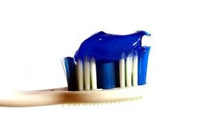 La pasta dental es un uso del cloruro cetilpiridinio.